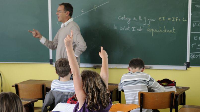 Selon un sondage, 69% des enseignants se disent satisfaits de leur métier, une proportion qui grimpe à 81% lorsque l'on interroge les enseignants du privé.