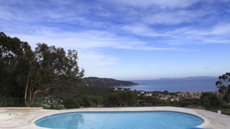les fran ais restent les premiers consommateurs de piscines en europe. Black Bedroom Furniture Sets. Home Design Ideas