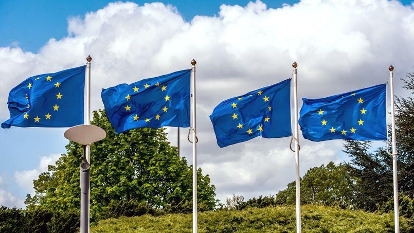 Sondage : l'UMP devant le FN et le PS aux européennes