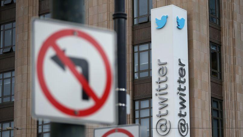Le réseau social Twitter offre de nouvelles possibilités aux recruteurs.