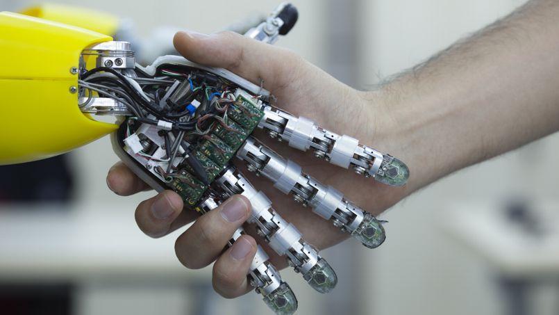 Les robots occupent de plus en plus de place en entreprise.
