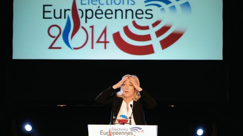 Marine Le Pen, la présidente du FN, lors d'un meeting à Lens.