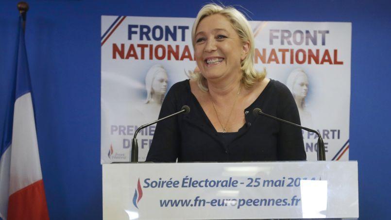 Marine Le Pen a appelé le président socialiste François Hollande à tenir de «nouvelles élections» nationales.