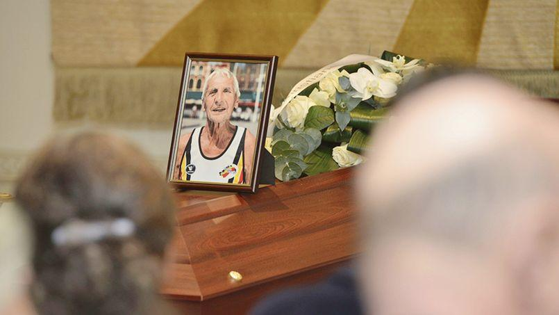 Emiel Pauwels, «plus vieil athlète»de Belgique, est décédé à 95 ans par euthanasie, en janvier, après avoir «célébré» son départ avec une centaine de proche.