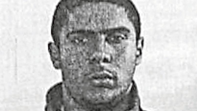 Mehdi Nemmouche a été placé en garde à vue dans les locaux de la Direction générale de la sécurité intérieure, à Levallois-Perret (Hauts-de-Seine).