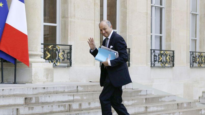 Laurent Fabius, sur le perron de l'Élysée.