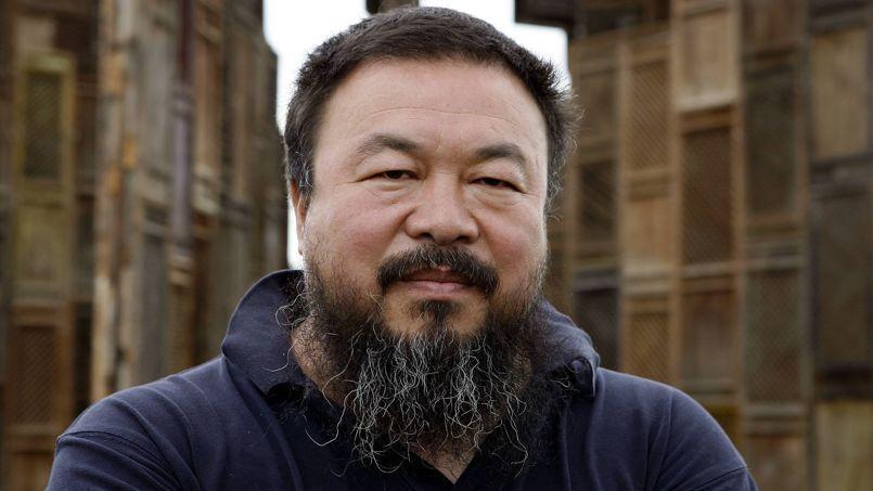 L'artiste Ai Weiwei dénonce l'oubli du passé pratiqué par les autorités.