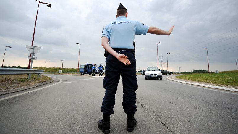 Des les Yvelines, ce sont les gendarmes eux-mêmes qui préviennent sur Facebook de leurs lieux de contrôle.