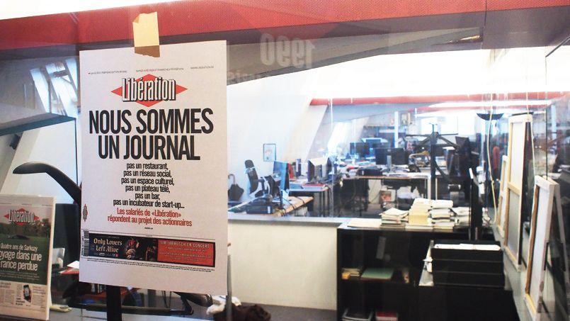 Ces derniers mois, les journalistes de Libération n'ont pas caché leur hostilité vis-à-vis de la politique voulue par Bruno Ledoux pour relancer le quotidien fondé par Sartre en 1973.