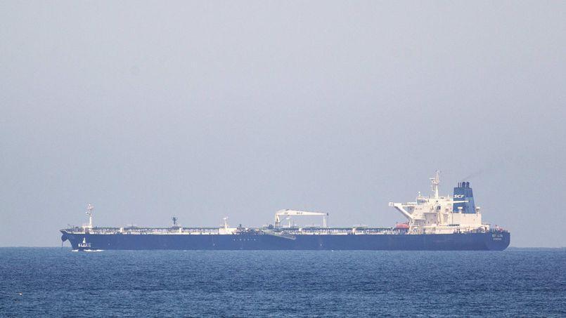 Le tanker Altaï. vendredi devant le port d'Ashkelon en Israël.