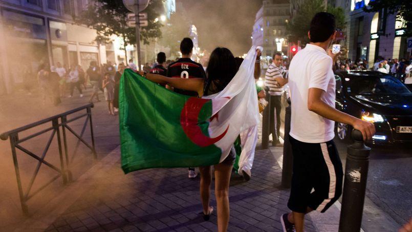 Pourquoi de jeunes Français s'identifient à l'équipe d'Algérie