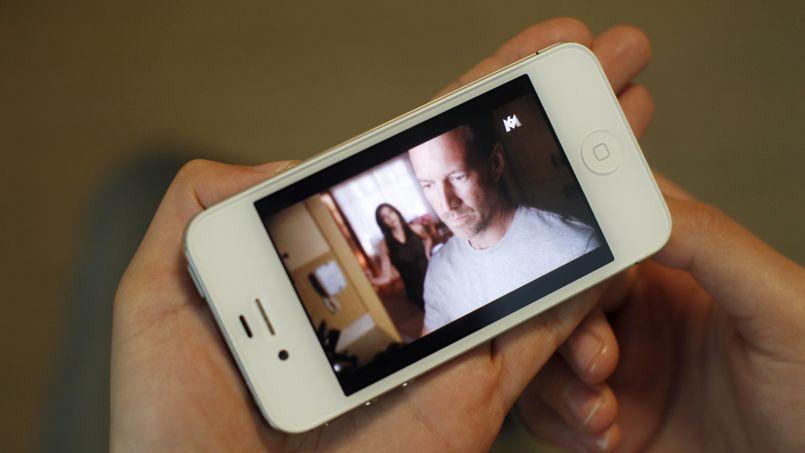La télévision sur smartphone, une concurrence directe aux écrans traditionnels.