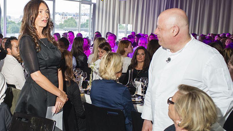 Le 30 juin, le «dîner en silence et en pleine conscience» organisé par Coco Brac de la Perrière, la coach du CAC40, et le chef étoilé Thierry Marx réunissait 278 convives. Au menu: méditation et ennui.