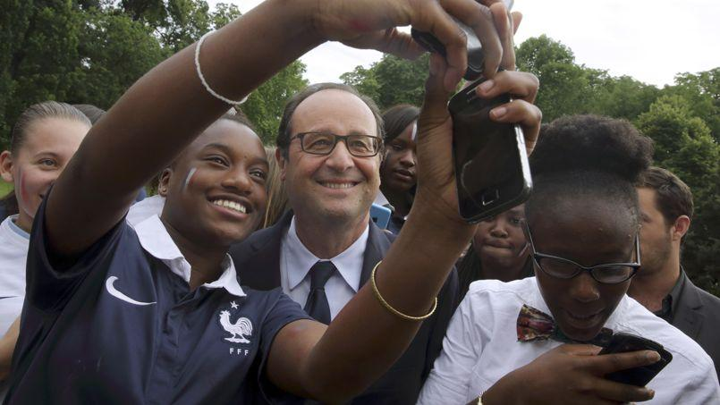 Légère embellie pour la popularité de François Hollande