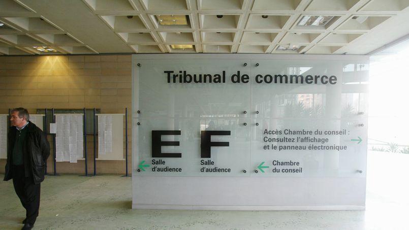 54.900 emplois sont menacés par des procédures judiciaires contre 61.900 au printemps 2013 selon une étude Altares.