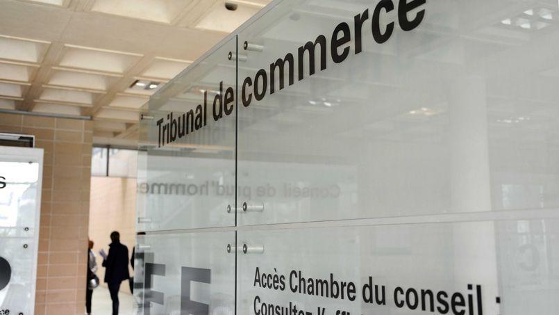 Les grilles tarifaires des professions juridiques, notamment les greffiers des tribunaux de commerce, sont dans le viseur de Bercy.