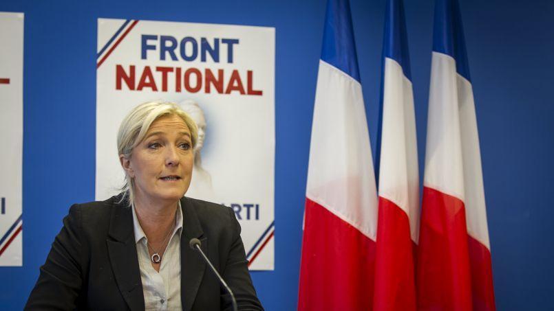 Marine Le Pen, lors d'une conférence de presse au siège du FN.