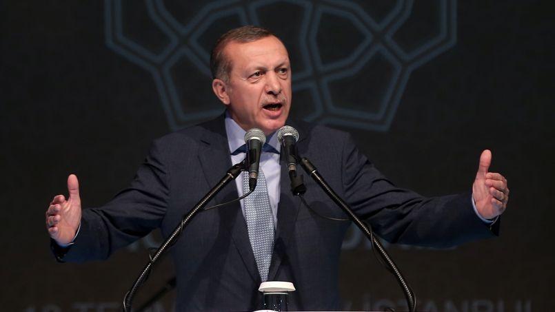 Recep Tayyip Erdogan s'est livré samedi à une diatribe anti-israélienne: «Ils (les Israéliens) maudissent Hitler jour et nuit, mais ils l'ont surpassé dans la barbarie».