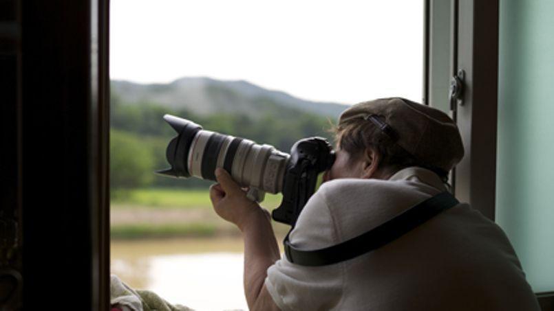 Derrière la fenêtre de son studio, l'artiste sud-coréen a pris 2,6 millions de clichés de la nature. Crédits photo: Ahae press inc.
