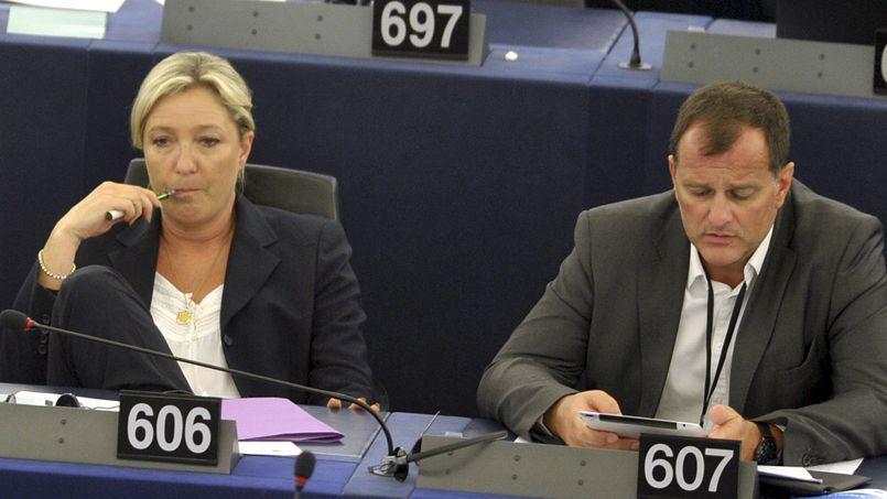Marine Le Pen et Louis Aliot au Parlement européen le 15 Juillet dernier.