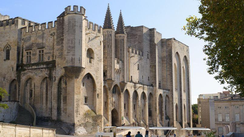 Le palais des Papes, à Avignon, est classé patrimoine mondial de l'humanité par l'Unesco.