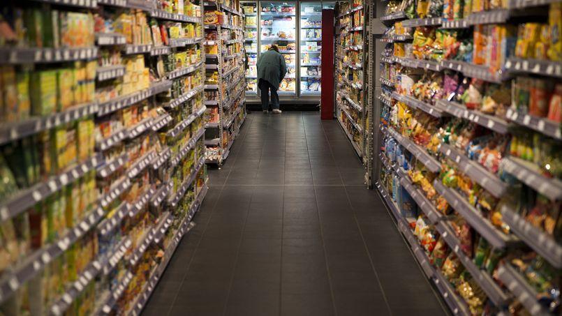 Les Français jettent en moyenne 20 kg de déchets alimentaires chaque année, dont 7 seraient encore emballés au moment de passer à la poubelle. Un gâchis qui représente une perte de 400 euros par foyer chaque année.