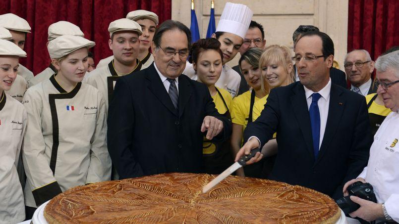 François Hollande à l'Elysée autour d'une galette des rois.