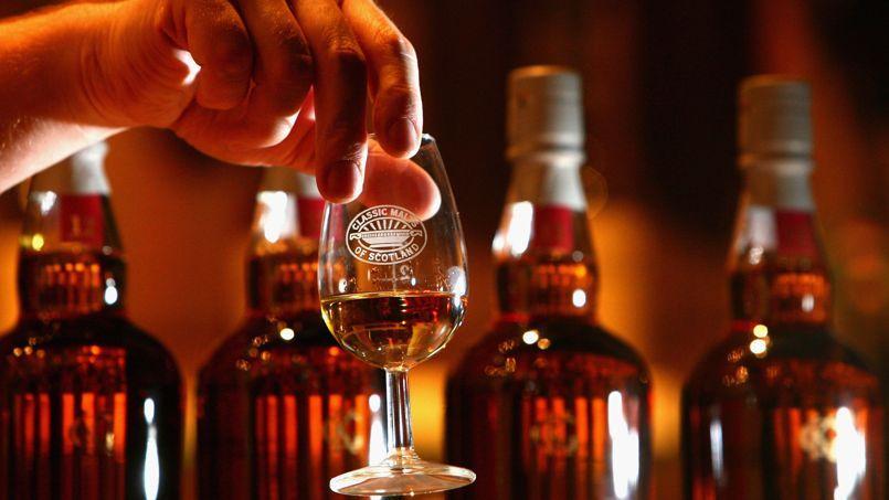 Exporté à 90%, le whisky représente 20% des ressources extérieures de l'Écosse, derrière le pétrole. Une manne de 5,4milliards d'euros l'an dernier  plus que le champagne et le cognac réunis.