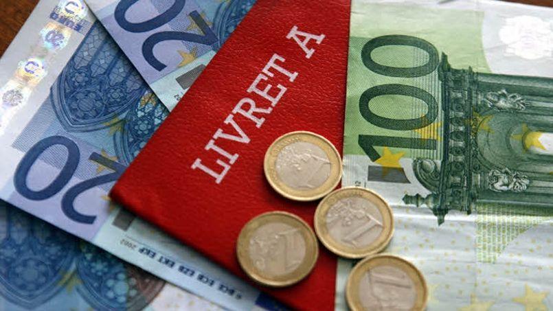 Malgré la baisse des taux d'intérêt, les livrets d'épargne dont le livret A continuent de figurer parmi les produits financiers préférés des Français (Crédit: Jean-Christophe MARMARA/LE FIGARO).