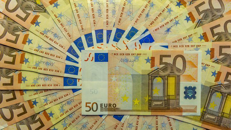 «Sur le long terme, la dette est une épée de Damoclès avec le risque de ne plus pouvoir financer les services publics auxquels nous sommes attachés», affirme Valérie Pécresse