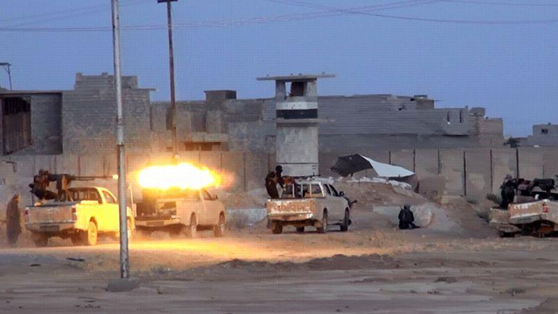 L'armement lourd des djihadistes de l'Etat Islamique lors des combats dans la ville de Samarra en Irak, en juin dernier.
