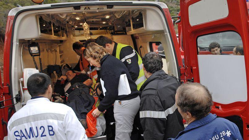Les fonctionnaires de la place Beauvau et du ministère de la Santé préviennent les secours français qu'ils devront être amenés à mieux maîtriser leurs moyens dans les années à venir. Des injonctions qui portent principalement sur les sorties d'ambulance des sapeurs-pompiers.
