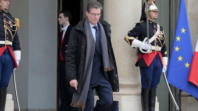 Antoine Compagnon, quittant l'Elysée, en mars 2014.