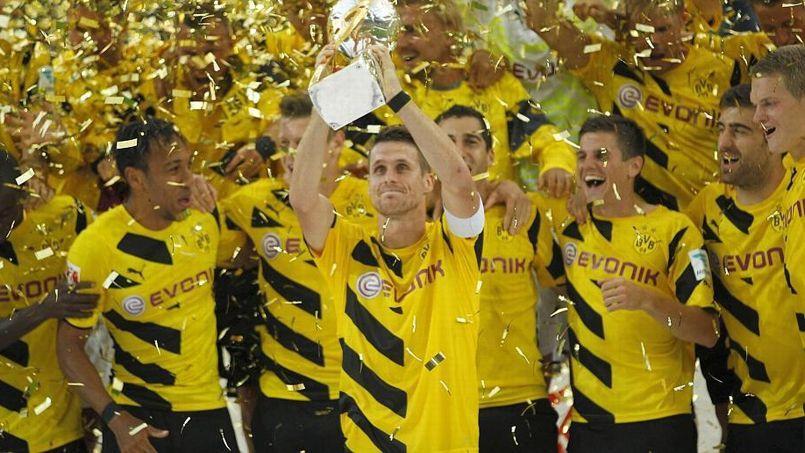 La joie des footballeurs du Borussia Dortmund après leur succès cet été contre le Bayern Munich dans la Supercoupe d'Allemagne