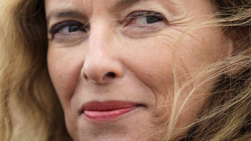 Le livre de Valérie Trierweiler, qui sortira demain jeudi dans les librairies, pourrait, selon nos estimations, lui rapporter 642.000 euros.