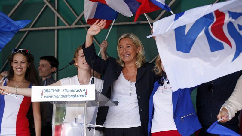 Marine Le Pen samedi à Brachay, dans le Nord.