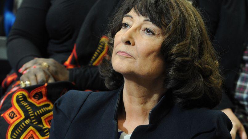 La philosophe Sylviane Agacinski-Jospin opposante déclarée à la GPA, lors d'un meeting de campagne de François Hollande à Reims, à l'occasion de la journée internationale des droits des femmes, le 8 mars 2012.