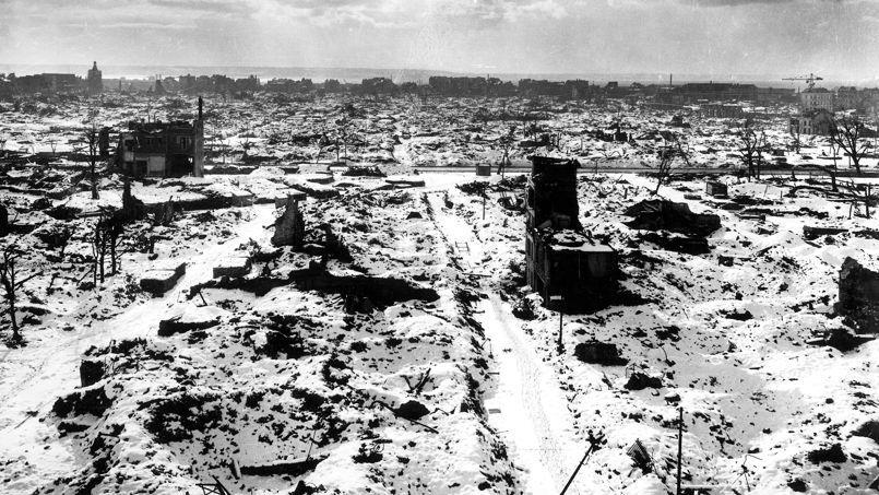 Les ruines du Havre, pendant l'hiver 1944-1945.