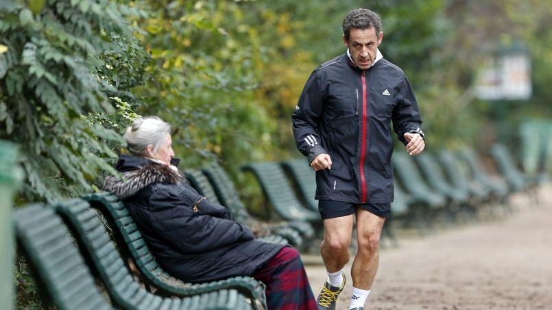 Nicolas Sarkozy lors d'un footing au parc Monceau, à Paris.