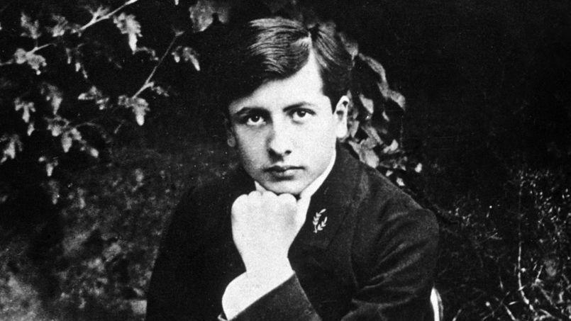 Mort durant la Première Guerre mondiale, Henri Alban Fournier dit Alain-Fournier, ici en 1905, sera l'écrivain d'un seul roman: Le Grand Meaulnes.