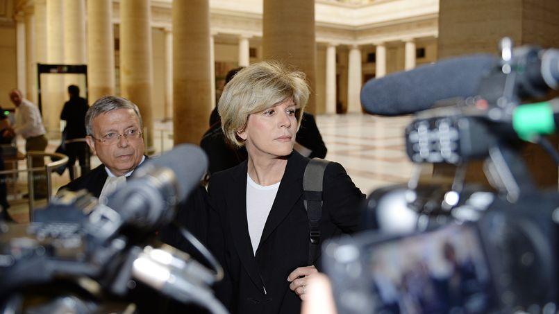 Sylvie Andrieux et son avocat, le 2 juin 2014.