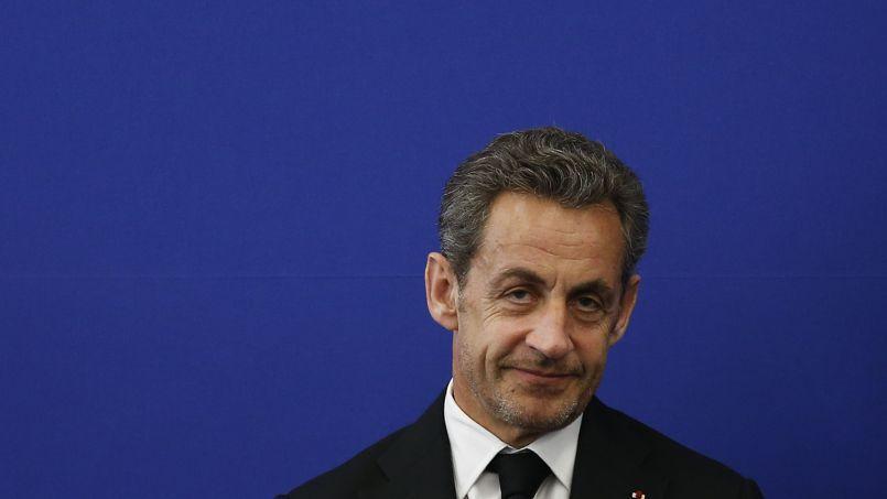 Nicolas Sarkozy a annoncé sa candidature à la présidence de l'UMP dimanche sur France 2.