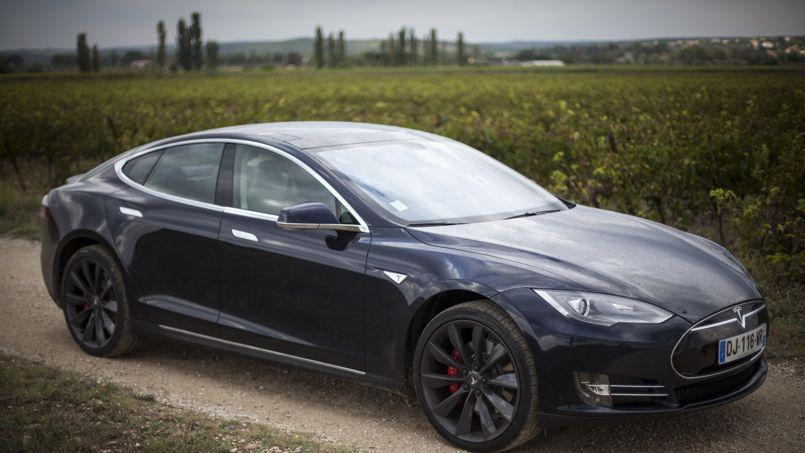 tesla passe la vitesse sup rieure en france. Black Bedroom Furniture Sets. Home Design Ideas