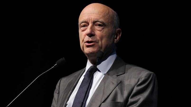 «Pas obsédé» par Nicolas Sarkozy, le maire de Bordeaux n'est pas prêt pour autant à se laisser piéger dans son jeu.