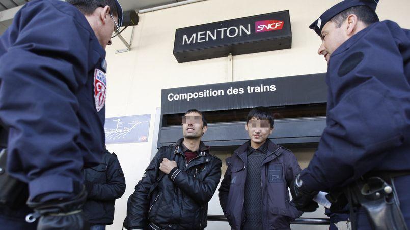 «Un millier de clandestins par semaine, c'est le rythme effarant de cette migration!»
