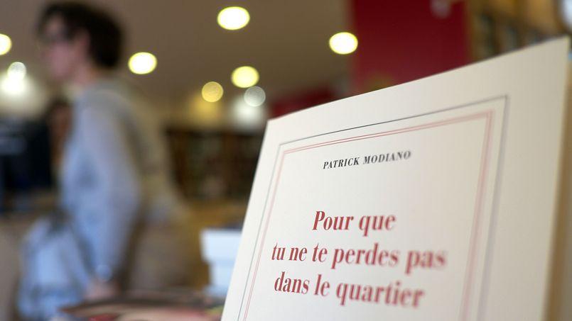 Patric Modiano et son roman arrivent en tête des ventes de roman à la suite de son nobel de littérature.