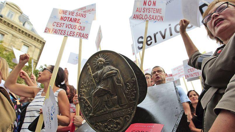 Les notaires s'étaient mobilisés (ici à Paris) le 17 septembre dernier. Crédit: Sébastien Soriano/Le Figaro