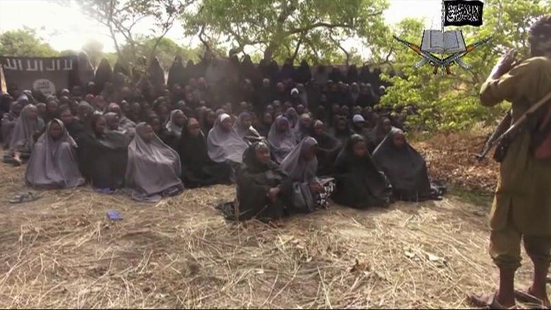 Vidéo des lycéennes enlevées le 14 avril dernier à Chibok.