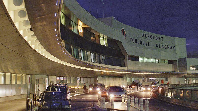 Depuis le début de la privatisation lancée cet été, Vinci et ADP font la course en tête pour le rachat de Toulouse Blagnac.