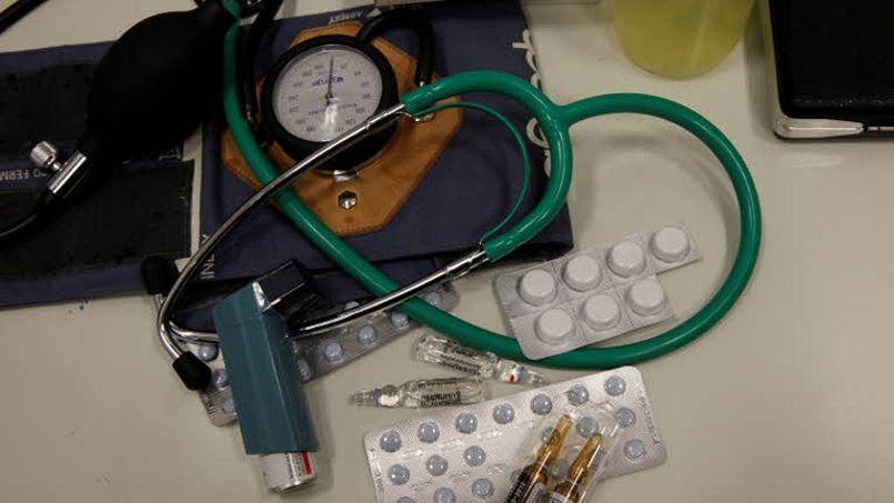 Plus d'une feuille de soin sur deux serait remboursé aux médecins avec retard. Crédit photo: François Bouchon - Le Figaro
